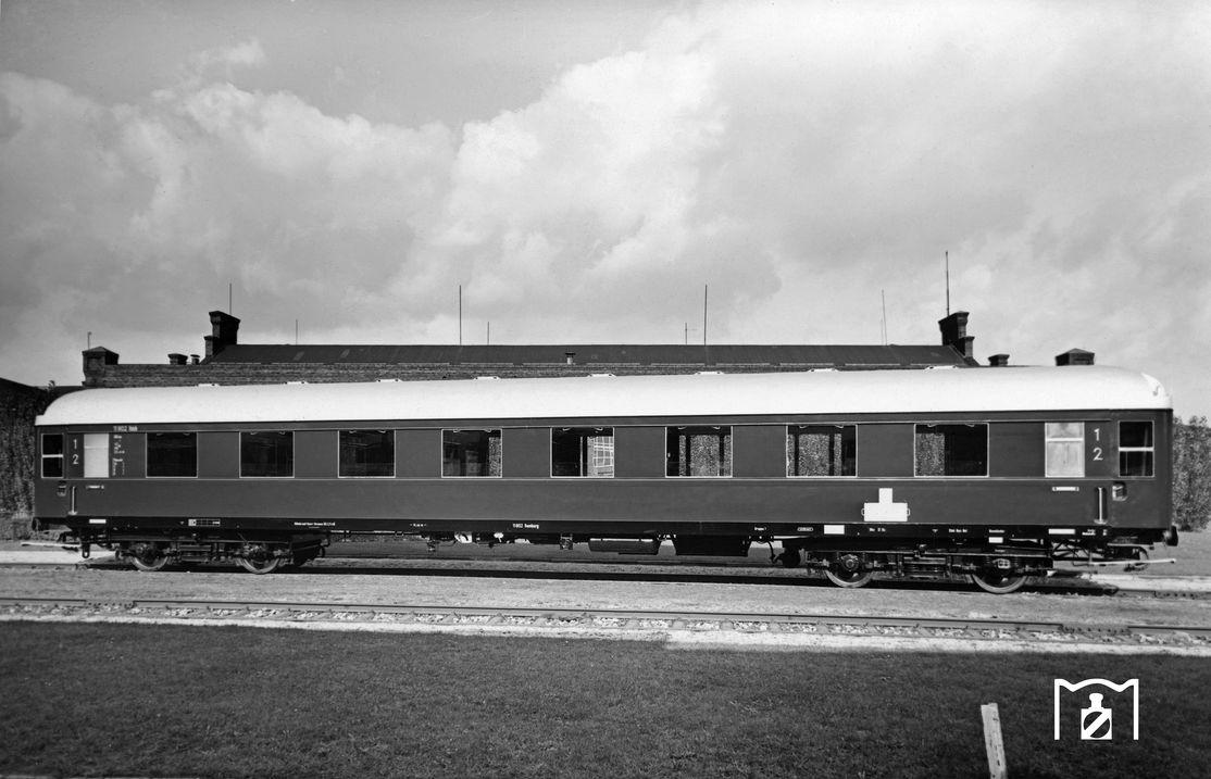 AB4üe-49, Uerdingen 1950, Foto: Helmut Först (WAG), Fotolink: eisenbahnstiftung.de