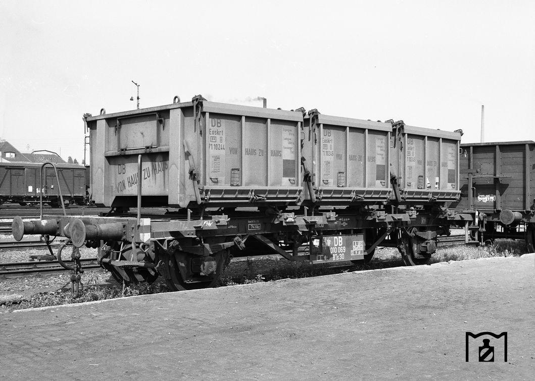 BTs30-Wagen 010069 in Warburg. (06.1960) Foto: Reinhard Todt Bildlink: Eisenbahnstiftung Joachim Schmidt