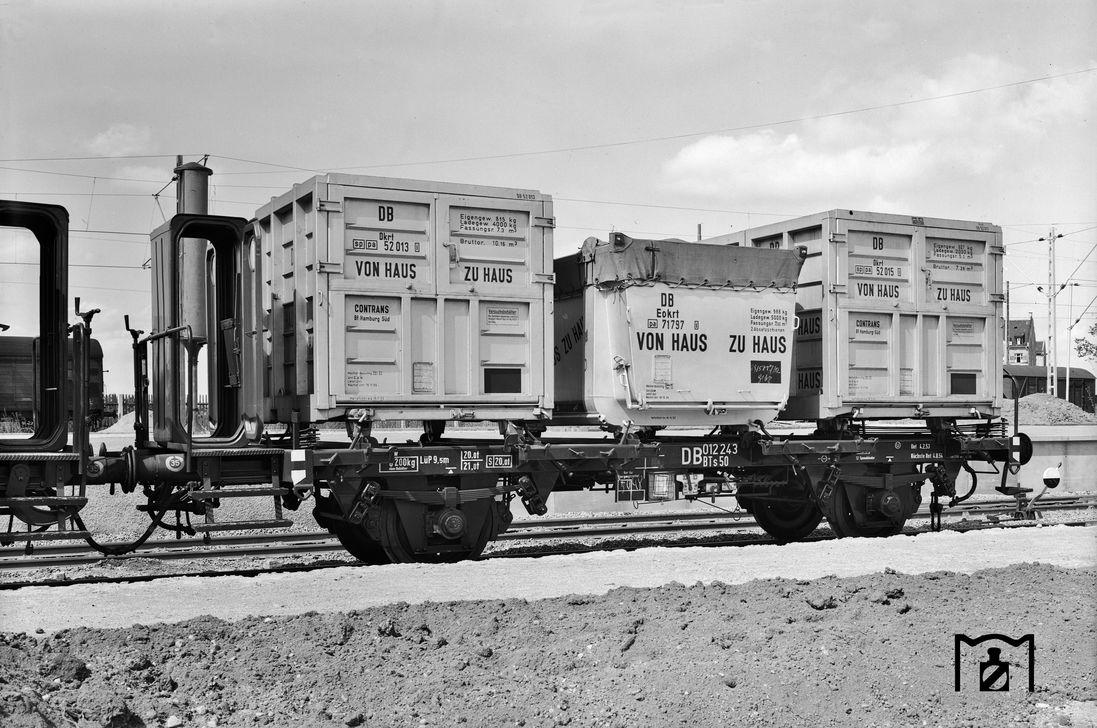 BTs50 als Demonstrator mit gemischter Ladung (1959). Foto Günter Scheingraber, Bildlink: Eisenbahnstiftung Joachim Schmidt