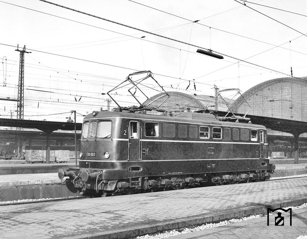E 10 003 Frankfurt/m. 20.02.1960 Foto: Joachim Claus Fotolink: Eisenbahnstiftung