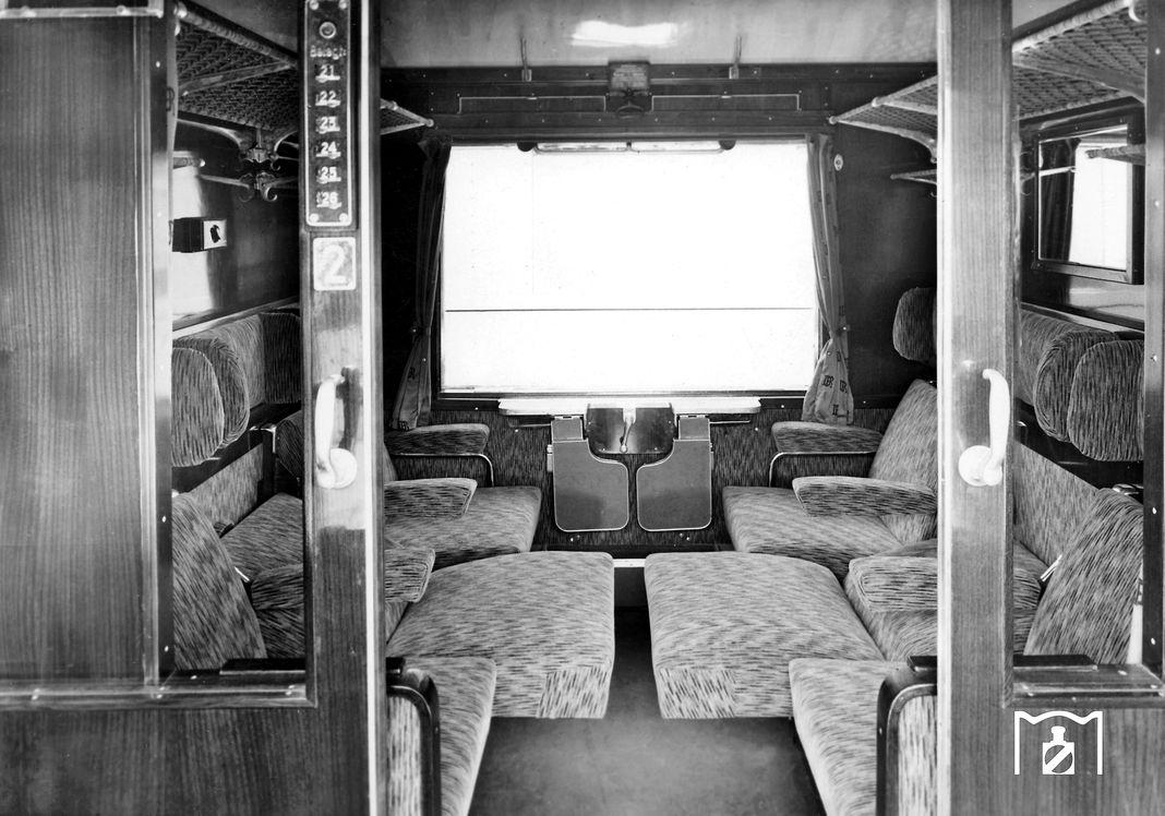 Modernisierte Abteile Polsterklasse -Foto: Bustorff BZA Minden 1961 Bildlink: www.eisenbahnstiftung.de