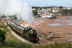 "Lok No. 5239 (Goliath - ex GWR 5205 Class 2-8-0T) der ""Paignton and Dartmouth Steam Railway"" am Strand von Paignton Goodrington Sands. (22.08.2011) <i>Foto: Joachim Bügel</i>"